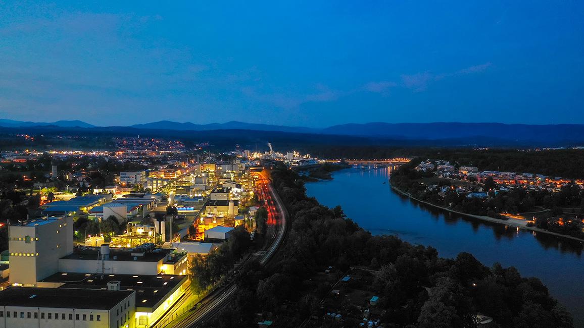 Nachtaufnahme am Rhein