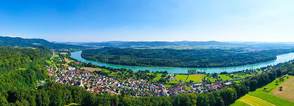 Panorama Schwörstadt und im Hintergrund die Schweiz